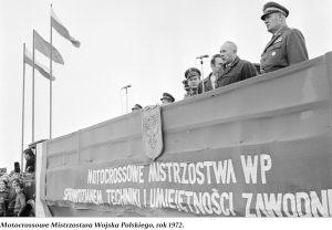 Trybuna - Motocrossowe Mistrzostwa Wojska Polskiego, rok 1972