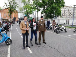 Dżentelmeni u Weteranów w ramach The Distinguished Gentleman's Ride