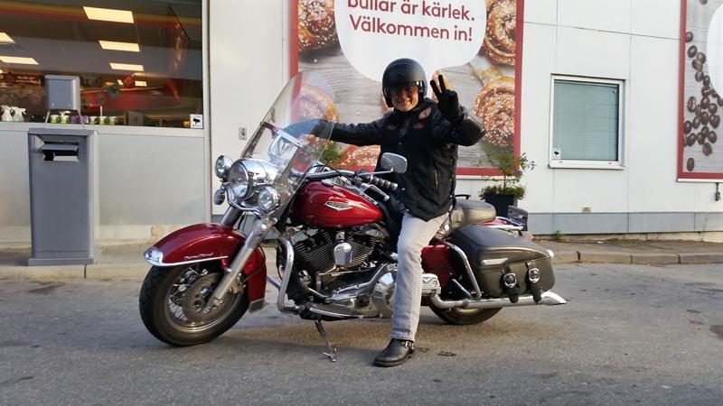 Dariusz Michniak na Harleyu